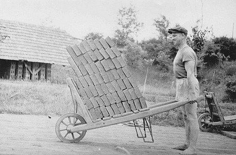 Ruční výroba cihel